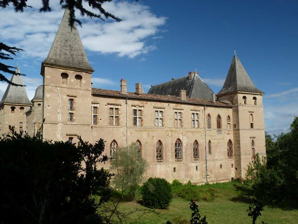 Le château de Caumont